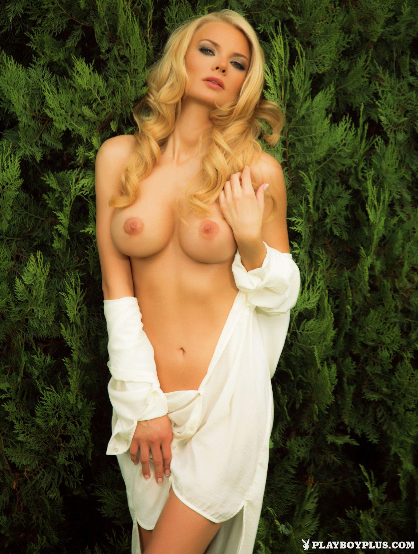 Нелли Георгиева фрау плейбоя из Болгарии